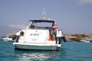 Sunseeker Camargue 50' with Boatmatch.com
