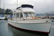 Grand Banks 32 Sedan Power Boat For Sale