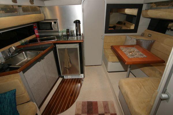 Bayliner Avanti 3450 LTD wide Beam Power Boat For Sale ...