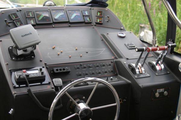 Print Bayliner Avanti 3450 LTD wide Beam for sale details