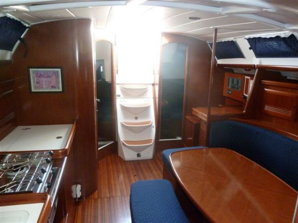 Beneteau Oceanis 393 Clipper Sail Boat For Sale - €98000