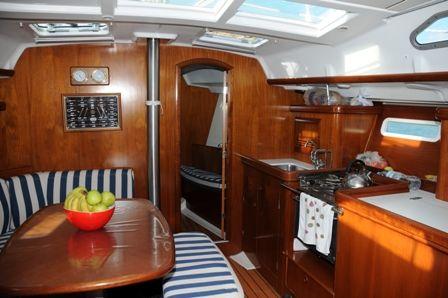 Beneteau Oceanis Clipper 393 Sail Boat For Sale - €70000
