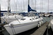 Catalina 320C Sail Boat For Sale