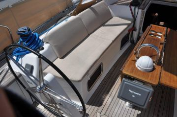 buy Dufour 525 Grande Large For Sale