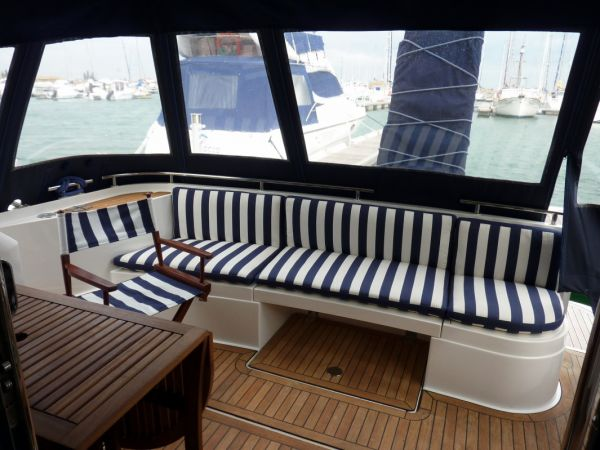 Fairline Phantom 43 Power Boat For Sale ...