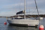 Feeling  1090 Deck Saloon Sail Boat For Sale