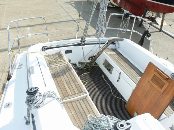 Grand Soleil 34.1 Sail Boat For Sale ...