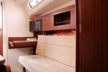buying Hanse 345 For Sale