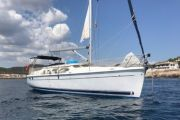 Hunter 41 Deck Saloon Sail Boat For Sale