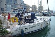Hunter Legend 41 AC Sail Boat For Sale