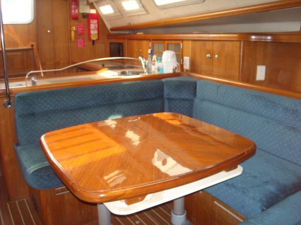 Hunter Legend 41 AC Sail Boat For Sale ...