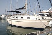 Island Packet 320 Sail Boat For Sale