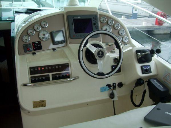 Jeanneau Prestige 34 Sports Top Power Boat For Sale - €130000