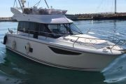 Jeanneau Velasco 37F Power Boat For Sale