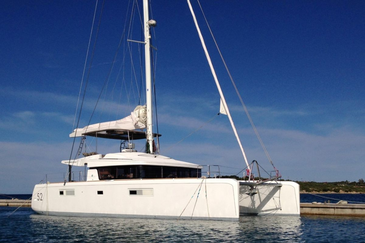 Lagoon 52 F - Owners Version For Sale (19622)