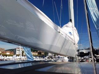 buying Lagoon 52 Owners Version For Sale