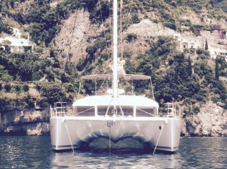 buy Lagoon 560 For Sale