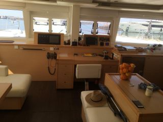 sell Lagoon 560 For Sale