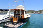 Menorquin 110 Fly  Power Boat For Sale