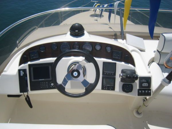 Rodman 38 Power Boat For Sale - €200000. Courtesy www.boatmatch.com