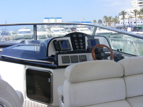 Sealine S48 Power Boat For Sale ...