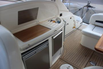 sell Sunseeker Camargue 44 For Sale