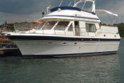 Trader 44 Sundeck Power Boat For Sale
